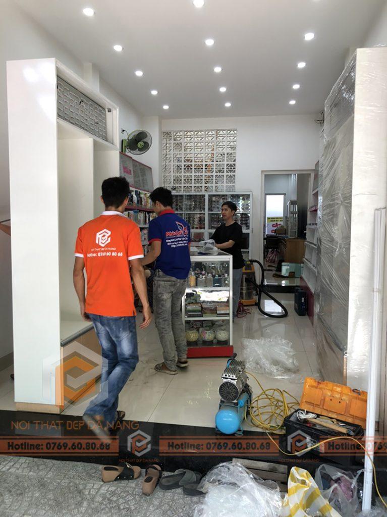 Thiet Ke Thi Cong Hoan Thien Showroom Tai Da Nang (3)