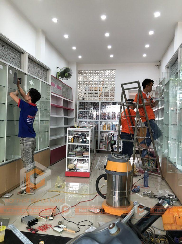 Thiet Ke Thi Cong Hoan Thien Showroom Tai Da Nang (4)