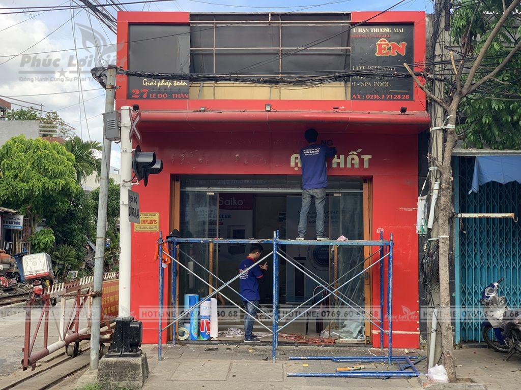 Thi-cong-showroom-tai-thanh-khe (5)