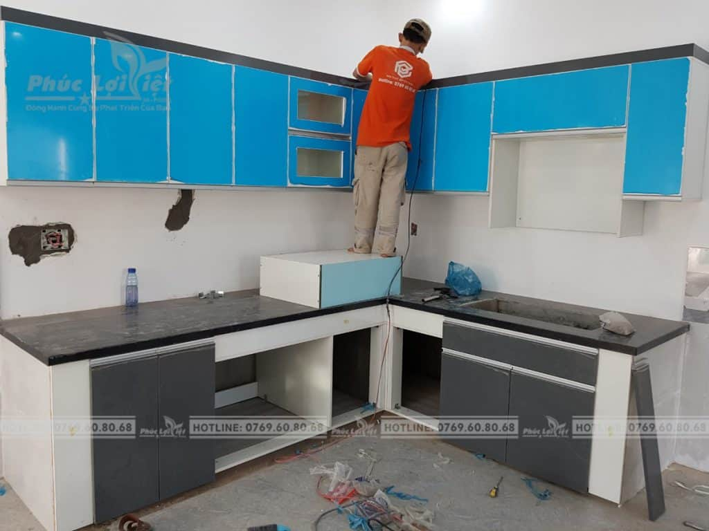 thi công lắp đặt tủ bếp