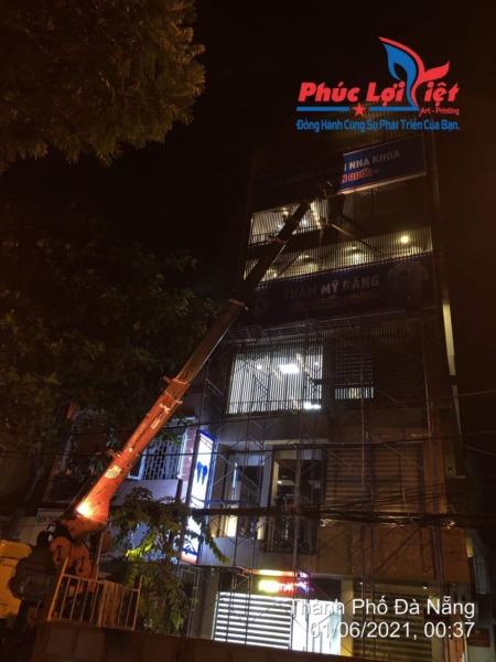 Dự án lắp bảng hiệu tại Nha Khoa Paris Đà Nẵng - Phúc Lợi Việt Đà Nẵng