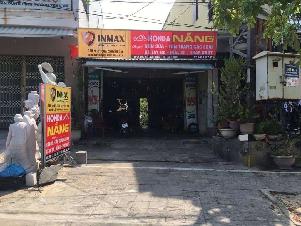 Bàn giao bảng hiệu thành công cho HonDa Đà Nẵng.